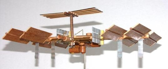 ISS model 1 288 scale